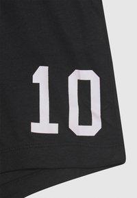 Name it - NKMHATEAM SHORT SET - Shorts - bright white/black - 3