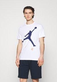Jordan - JUMPMAN AIR CREW - Printtipaita - white/blue void - 0