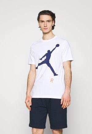 JUMPMAN AIR CREW - Print T-shirt - white/blue void