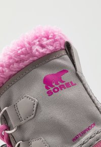 Sorel - CHILDRENS YOOT PAC - Winter boots - chrome grey/orchid - 2
