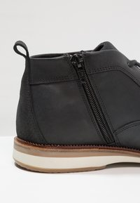 Pier One - Chaussures à lacets - black - 5