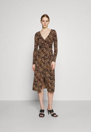 HOLIDAY WRAP DRESS - Jersey dress - jaguar