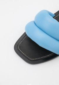 Proenza Schouler - PUFFY SLIDE - Mules - light pastel blue - 6