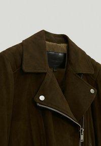 Massimo Dutti - Leather jacket - green - 3