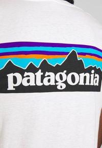 Patagonia - LOGO CREW - T-shirts med print - white - 5