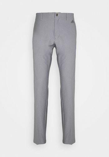 ULTIMATE PANT - Pantalones - grey three