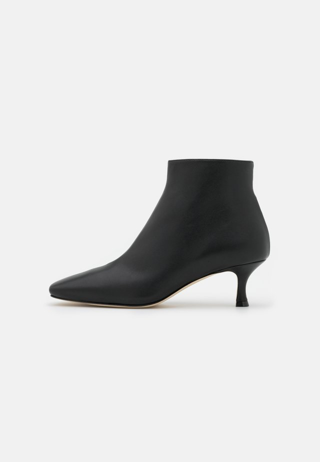 SQUARE TOE - Boots à talons - black