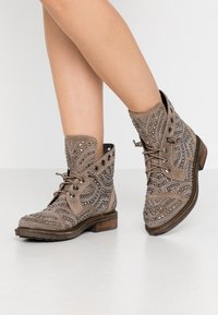 Alma en Pena - Lace-up ankle boots - taupe - 0