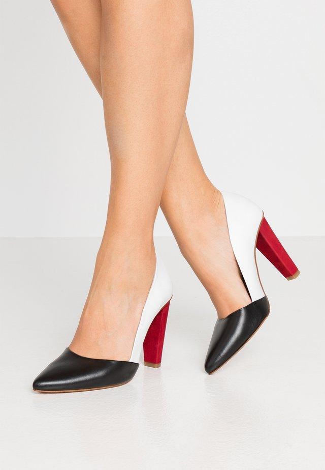 Zapatos altos - white