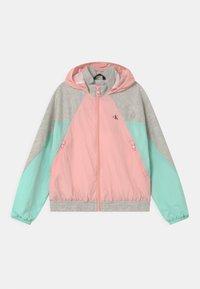 Calvin Klein Jeans - HYBRID COLOUR BLOCK  - Sportovní bunda - pink - 0