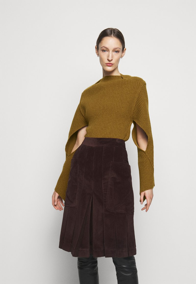 Victoria Beckham - CURVED HEM JUMPER - Sweter - ochre