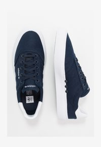 adidas Originals - 3MC - Zapatillas - conavy/conavy/ftwwht - 1