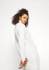 Missguided Tall - ROLL NECK BASIC DRESS - Jumper dress - off white - 3