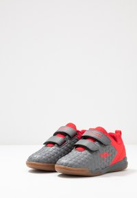 KangaROOS - SPEED COURT - Sneakers - steel grey/red