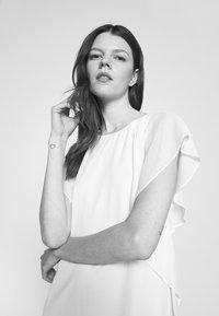 Lauren Ralph Lauren - OLOKUN CAP SLEEVE DAY DRESS - Cocktail dress / Party dress - lemon rind - 3