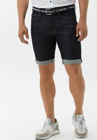 BRAX - STYLE CHRIS B - Denim shorts - raw blue - 0