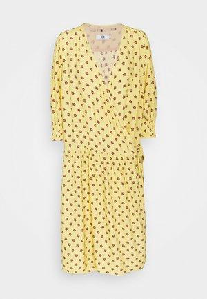 LINEAR  - Denní šaty - print yellow
