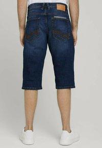 TOM TAILOR - MORRIS  - Denim shorts - mid stone wash denim - 2