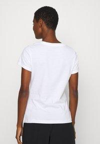 Calvin Klein Jeans - STRIPE SLIM TEE - Print T-shirt - bright white - 2