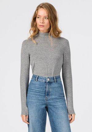 Long sleeved top - hell silber-melange