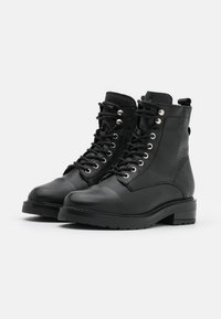 Pavement - CHARLEY  - Lace-up ankle boots - black garda/silver - 2