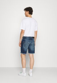 Good For Nothing - DISTRESSED - Denim shorts - blue - 2