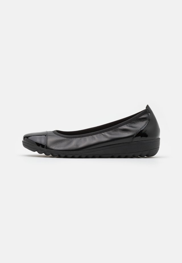 COURT SHOE - Ballerines - black