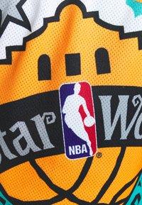 Mitchell & Ness - NBA ALL STAR SHORT - Sports shorts - green/grizzlies teal - 4