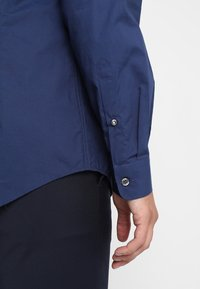 Esprit Collection - SLIM FIT - Formal shirt - navy - 5