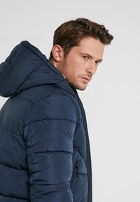 TOM TAILOR DENIM - HEAVY PUFFER JACKET - Winterjas - sky captain blue - 5