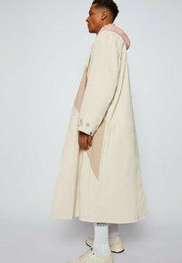 BOSS - DERVIN_RA - Classic coat - light beige - 4