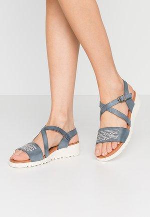 MARINA - Wedge sandals - empolvada azul