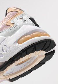 ASICS SportStyle - GEL KAYANO - Sneakers - polar shade/watershed rose - 2