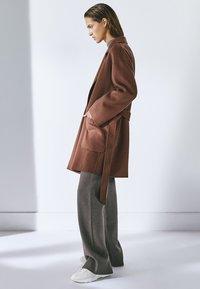 Massimo Dutti - Classic coat - light brown - 1