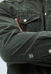Pepe Jeans - CANYON CORD - Shirt - waldgrün - 4