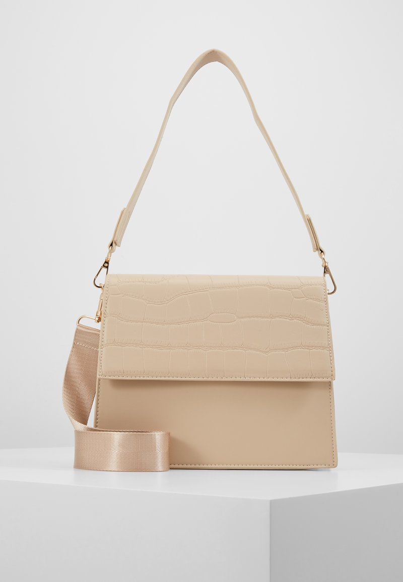 Pieces - CHRIS CROSS BODY - Handbag - beige/gold