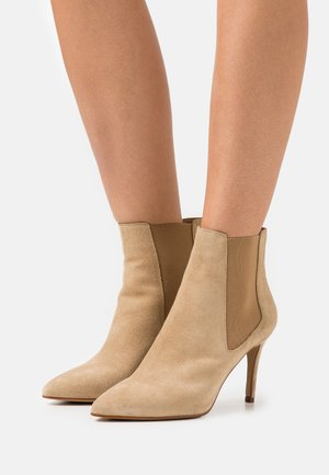 BIADANGER CHELSEA - High heeled ankle boots - light brown