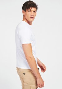 Guess - T-shirt con stampa - weiß - 2