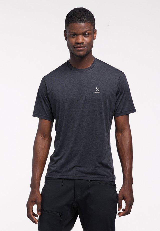 Print T-shirt - true black