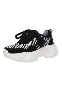 MIM Shoes - Trainers - black/ zebra - 1