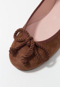 Pretty Ballerinas - ANGELIS - Ballet pumps - vilmius/marron - 2