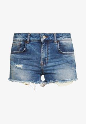 PAMELA - Denim shorts - destroyed denim