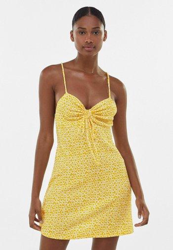 CREPE - Day dress - yellow