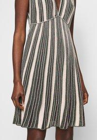 M Missoni - SLEEVES DRESS - Abito in maglia - multi-coloured - 5