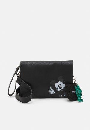 BOLS MICKEY DORTMUND FLAP SET - Across body bag - black