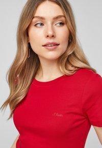 s.Oliver - Basic T-shirt - red - 3