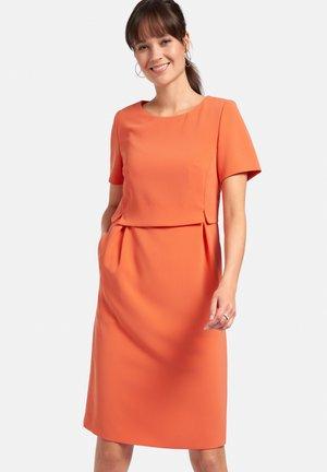 ABEND MIT 1/2-ARM - Cocktail dress / Party dress - papaya