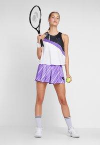 Nike Performance - TANK - Funkční triko - white/psychic purple/black/volt - 1