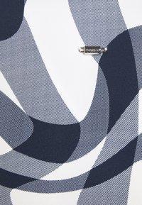 032c - EVENING - Blouse - white/blue - 2