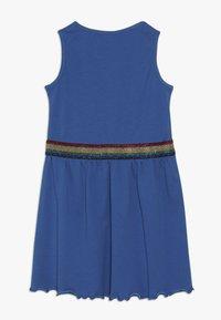 Blue Seven - OHNE ARM - Žerzejové šaty - ocean - 1
